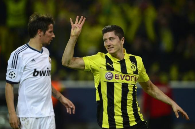 Robert Lewandowski to Bayern Munich