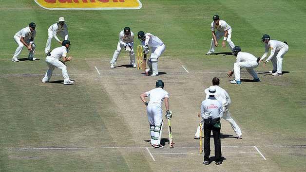 Cricket - 11 fielders vs 1 batsman